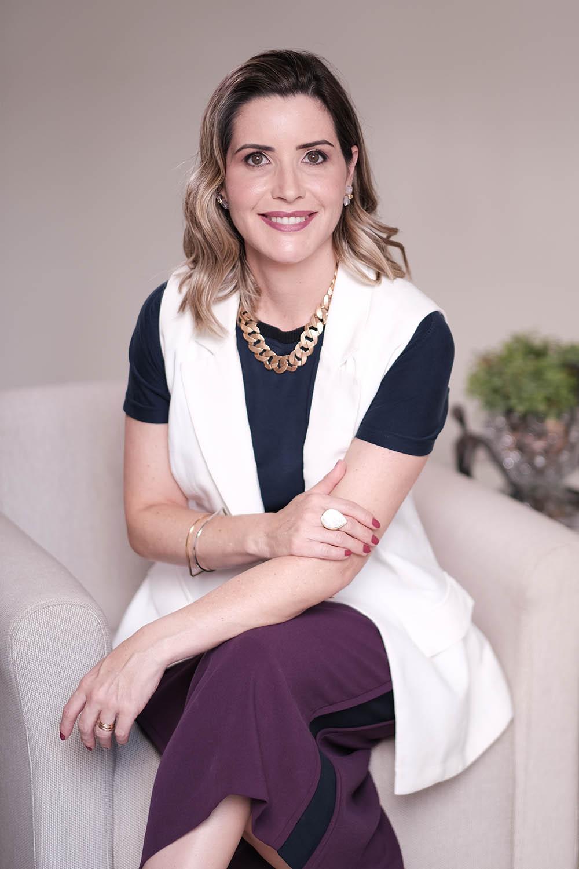 Dra Samantha Maia